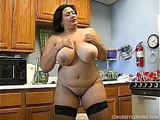 Busty BBW in sexy stockings fucks her fat juicy pussy for you