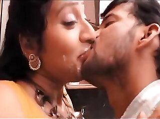 Hot mallu aunty hottest video french kiss !