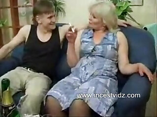 jav  son and mommy  ,  younger lover with mom   porn movies