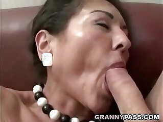 jav  mother  ,  old granny  ,  sexy mature   porn movies